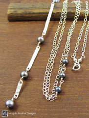The Long Hammered Silver Bar And Midnight Blue Pearls Chain Necklace