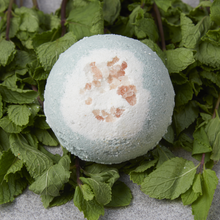 Load image into Gallery viewer, Peppermint & Pink Salt Bath Bomb