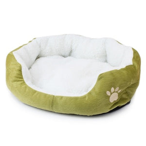 1Pcs 50 x 40 cm Super Cute Soft Cat Bed Winter House for Cat Warm Cotton Dog Pet Products Mini Puppy Pet Dog Bed Soft Comfortable