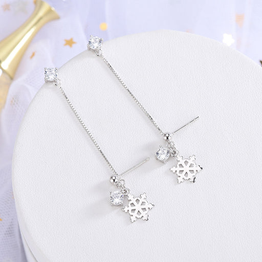 Kawaii  Japanese  Korean S925 silver diamond Christmas snowflake earrings double pierced anti-lost earrings