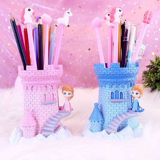 Princess Aisha pen holder