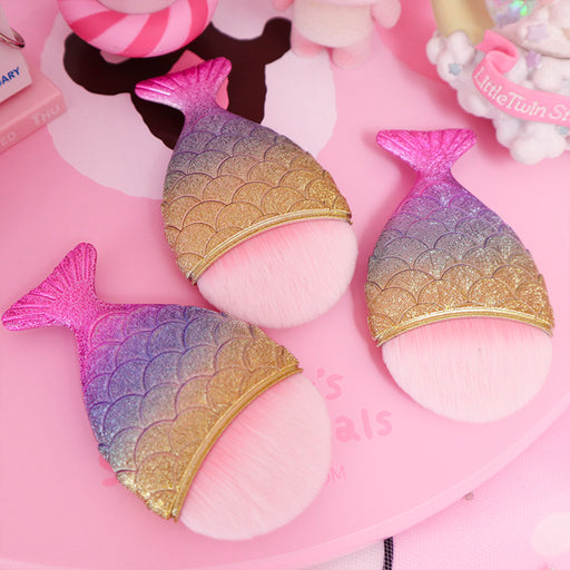Kawaii  Japanese  Korean  -Mermaid Tail Foundation Brush Blush Brush Professional Makeup Brush