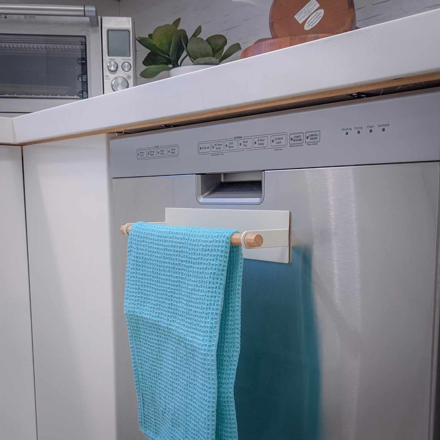tosca - magnetic dish towel hanger