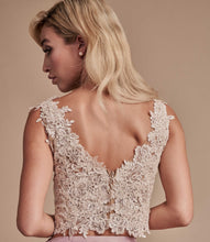 Load image into Gallery viewer, Ivory Lace Top