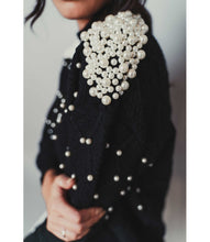 Load image into Gallery viewer, black jumper with pearls