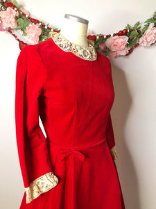 Vintage 1950s Red Velvet Dress with Lace Collar and Sleeves-Quinby Vintage