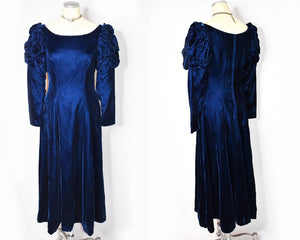 1980s Vintage Christian Dior Midnight Blue Velvet Dress Puff Sleeves / Vintage Dior Evening Gown Vintage Ballgown Mutton Sleeves 30s Style