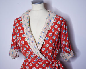 Vintage 1950s Floral Red Cotton Robe Vintage Dressing Gown by Robeville, Size Large