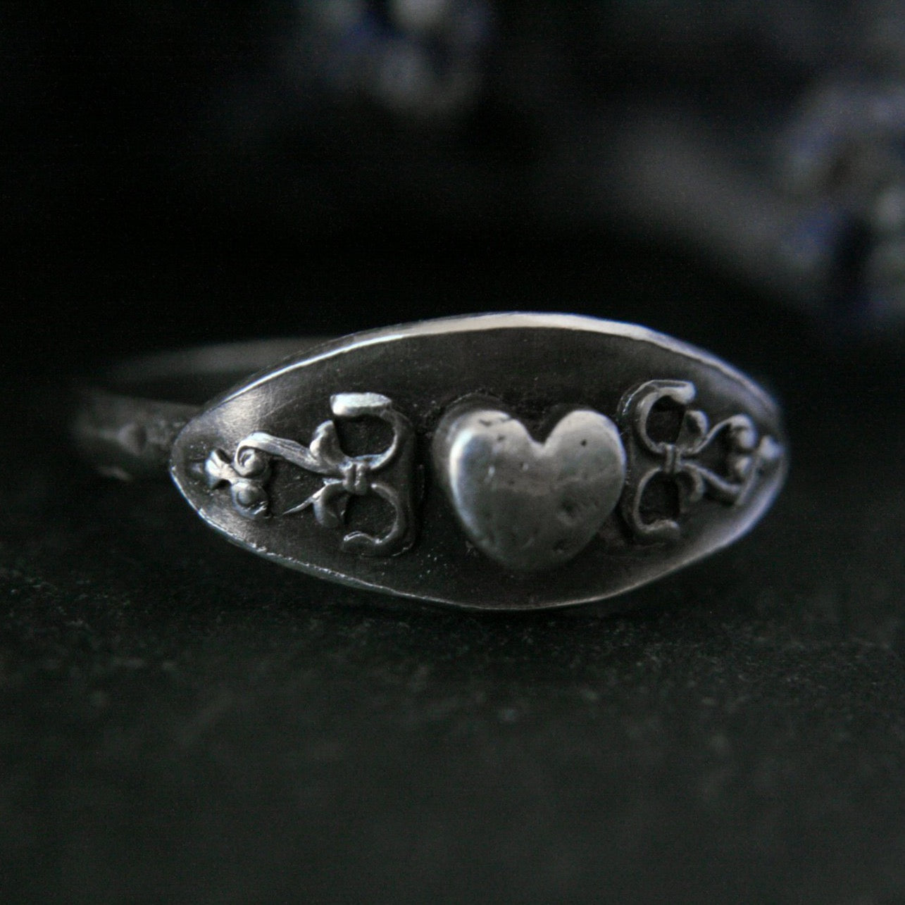 Silver Heart Saddle Ring Size 6.5/N - Andune Jewellery