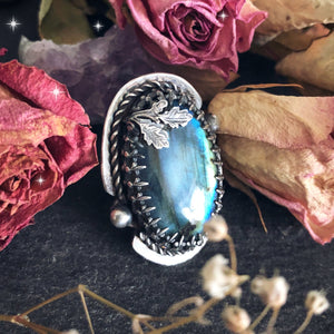 Size N Labradorite Ring with Oak Leaves (US 7) - Andune Jewellery