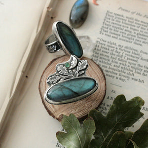 Size R 1/4 Labradorite Ring with Oak Leaves & Emerald (US 8.75) - Andune Jewellery