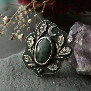 Size S 1/2 Emerald Ring with Oak Leaves (US 9.75) - Andune Jewellery