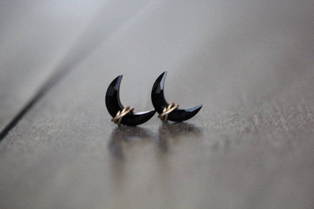Moonbeam Studs - Black Agate