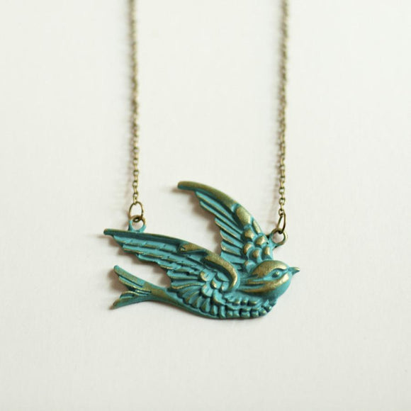 Gleeful Peacock - Sparrow Necklace