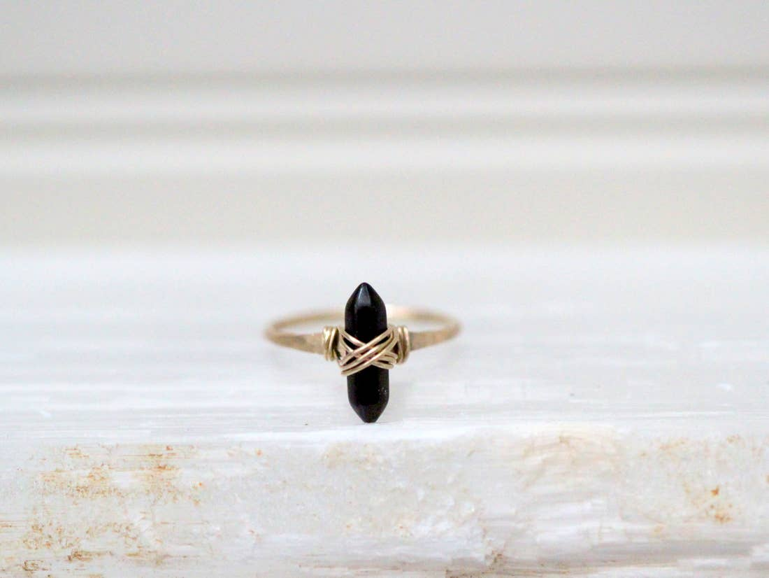 Crest Ring - Obsidian  (14k Gold Fill)