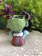 Load image into Gallery viewer, Zombie Succulent Planter // Ceramic Zombie Pothead