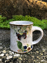 Load image into Gallery viewer, Two Goldfinches Ceramic Mug with Gold Lustre