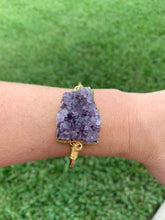 Load image into Gallery viewer, Amethyst Gold curve bangle