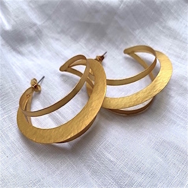 THE LAYER HOOPS