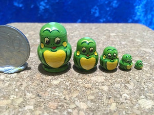5 Piece Miniature Green Frog