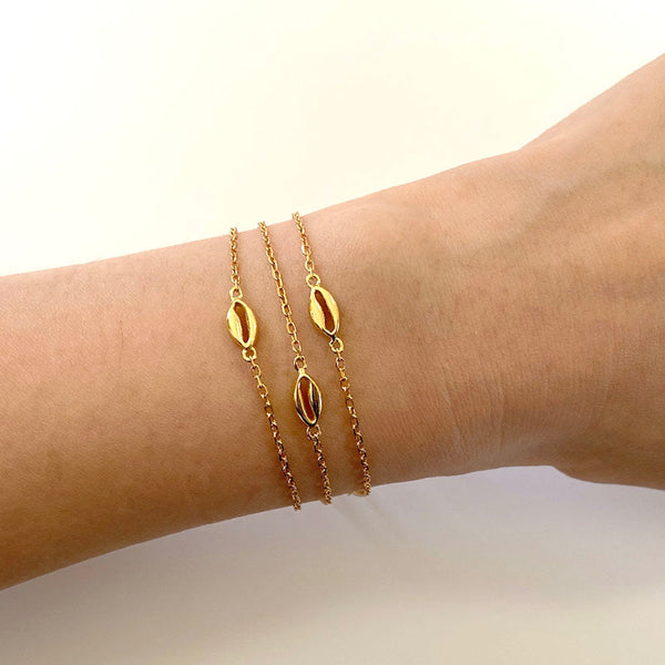 Cowrie Shell Bracelet in 18K gold vermeil by Ma Petite Mer Jewelry