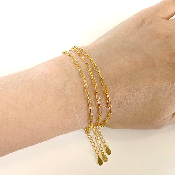Paperclip Chain Bracelet in 18K gold vermeil by Ma Petite Mer Jewelry