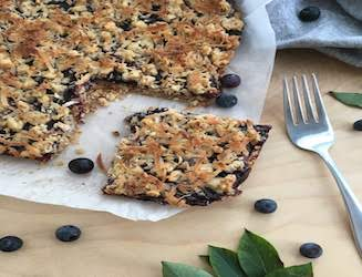 Recipe: Blueberry Jam Crumble Bars