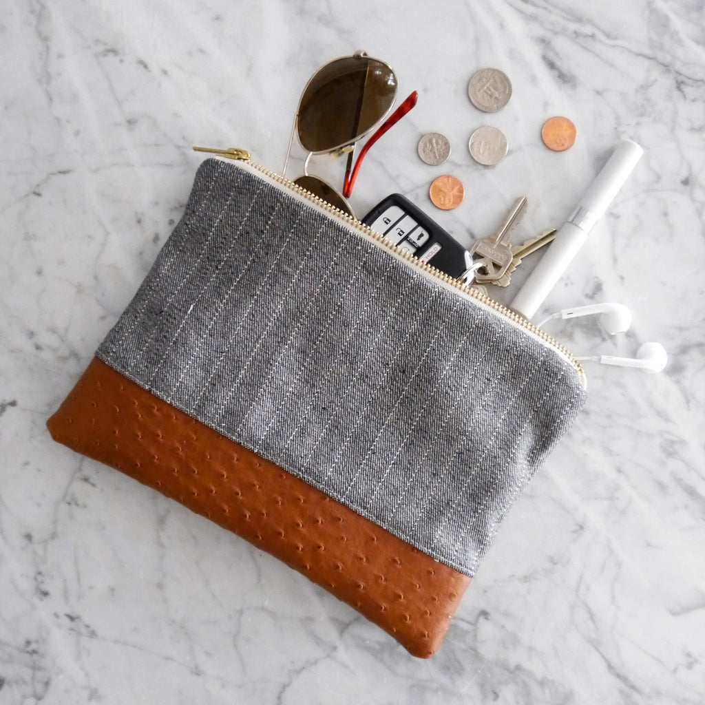 Mend Essentials Zipper Bag