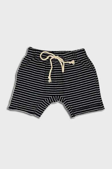 short || black stripe