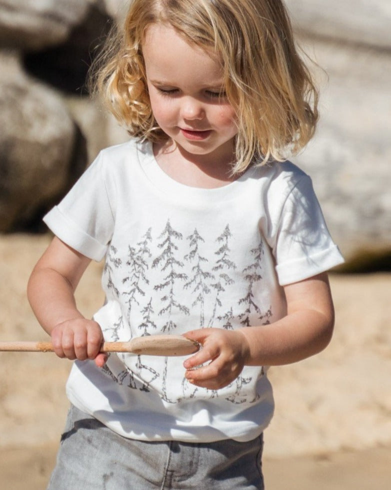 Organicline Explorer organic cotton T shirt. Made from 100% certified organic cotton.