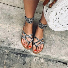 Load image into Gallery viewer, LEOPARD HOLIDAY SANDALS
