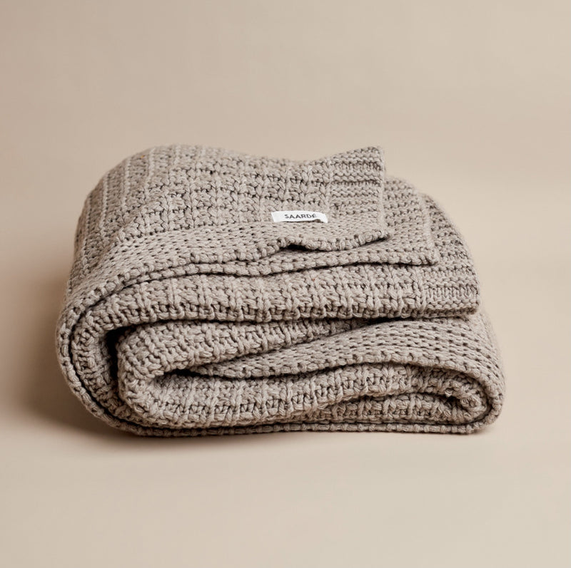 Jasmin wool throw