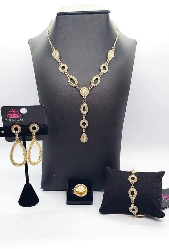 Fiercely Fifth Avenue Trend Blend / Fashion Fix Set (Gold) - April 2021