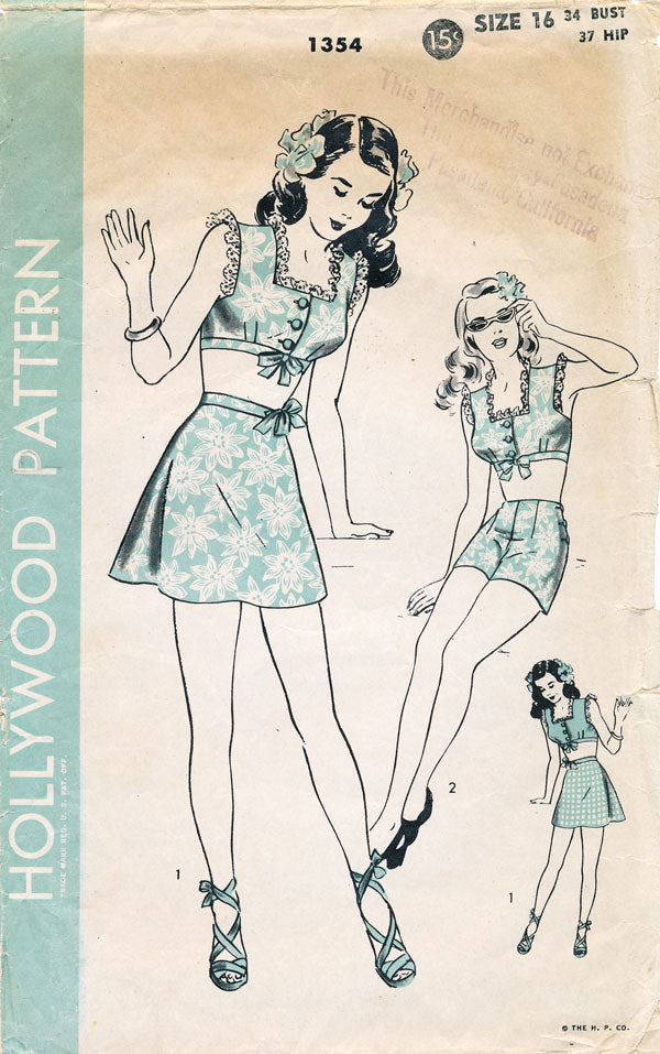 Show off those hours at the gym in this 1940s playsuit.