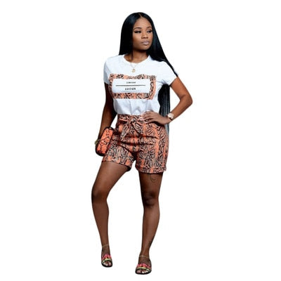 S3618 Hot Sale Casual Snake Short Sleeve Top T-Shirt + Straight Short Hot Pants Two Piece Set Women Fashion Set