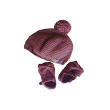 Load image into Gallery viewer, Crochet Baby Mary Jane Bootie & Hat Gift Set in Plum Purple