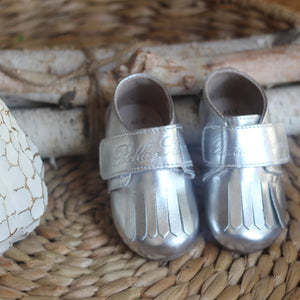 Leather Loafer in Silver (Toddler/Little Kid)