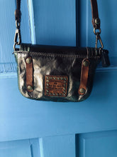 Load image into Gallery viewer, Tracolla Laminto Small Crossbody Bag