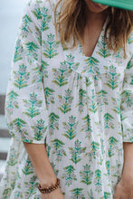 Load image into Gallery viewer, Short Green Print  Cotton Dress