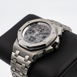 Audemars Piguet Royal Oak Offshore Chronograph ( Titanium )