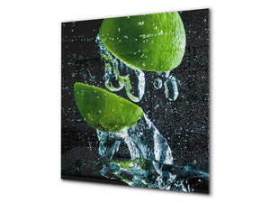 Glass kitchen splashback – Glass upstand BS09 Water splash Series: Lime In Water 1