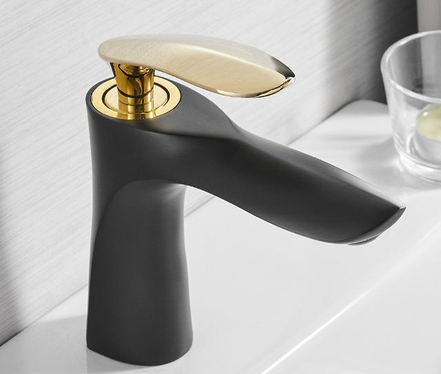Luxury Modern Basin Faucet - Modernly Decor