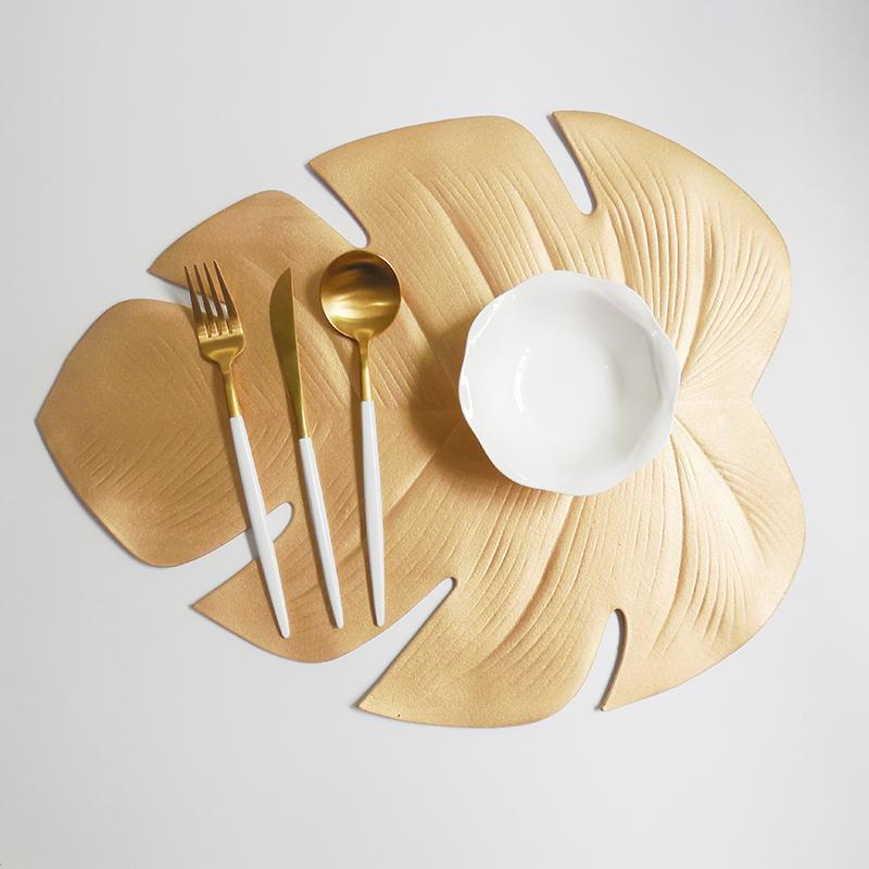 Marsh - Palm Leaf Place Mat - Modernly Decor