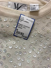Load image into Gallery viewer, Maggie Lawrence Size M Ivory Sweater