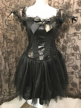 Load image into Gallery viewer, halloween Size M Black Sequin Dress