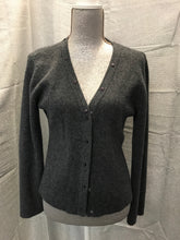 Load image into Gallery viewer, Size L Garnet Hill Cardigan
