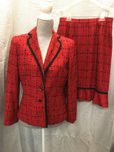 Load image into Gallery viewer, Le Suit Size 8 Red Dress Suit