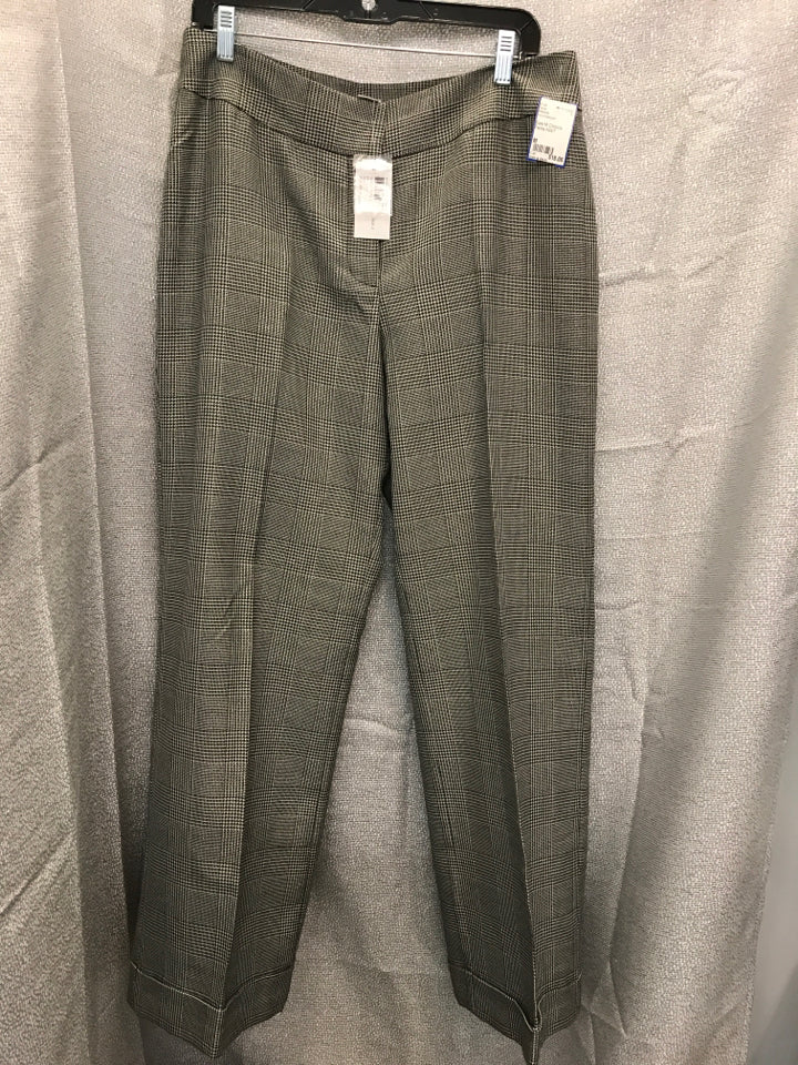 Size M Chico's Pants NWT
