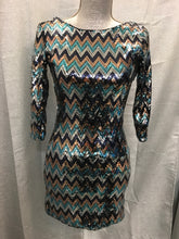 Load image into Gallery viewer, Sequin Size S love reign Dress