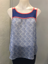 Load image into Gallery viewer, E & M Size L Blue Tank Top